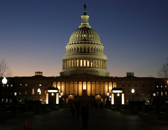 House approves gov't funding bill to avoid shutdown