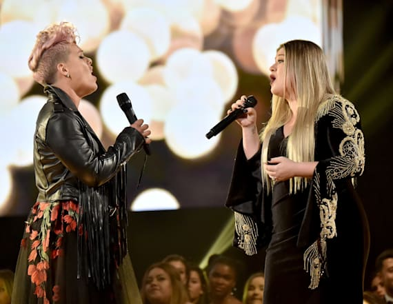 Kelly Clarkson, P!nk honor first responders