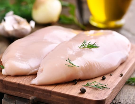 How to tell if raw chicken has gone bad