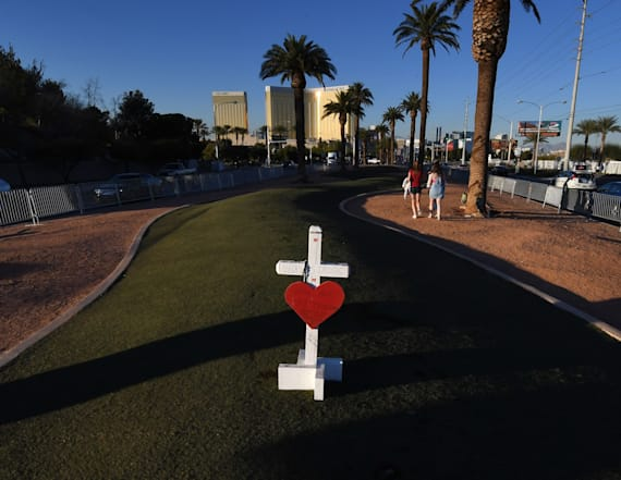 Hundreds of Las Vegas shooting victims file lawsuits