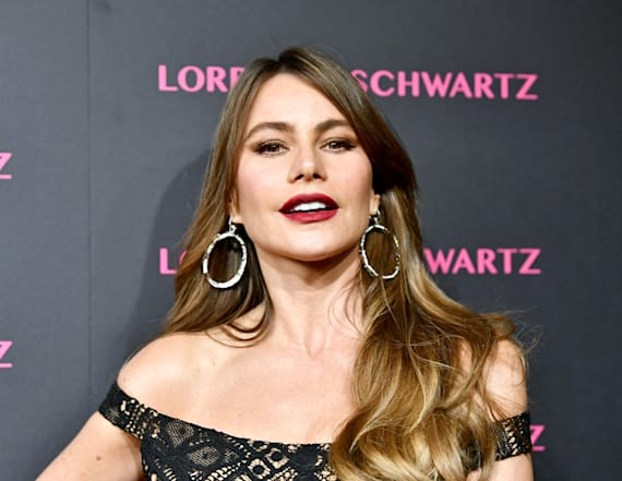Red Carpet Roundup: Sofia Vergara stuns in lace