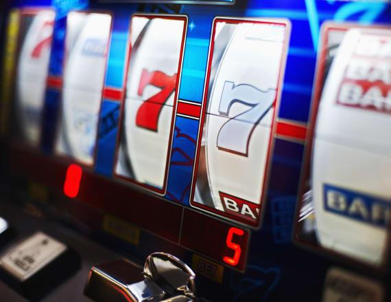 Casino operator to buy Pinnacle in $2.8B deal