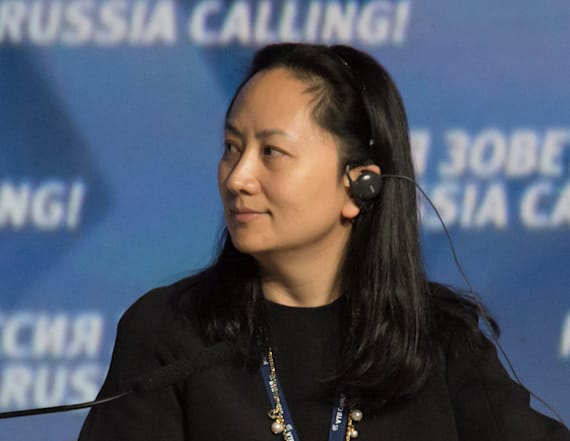 Arrested Huawei CFO offers surveillance for bail