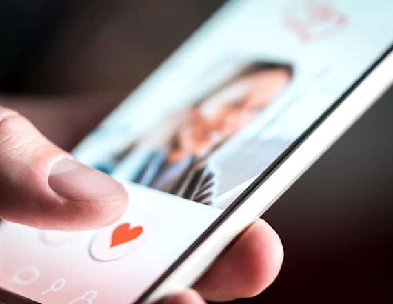 'Romance scams' cost online daters $143M in 2018