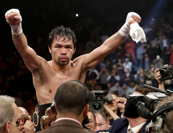 Report: Pacquiao may have suffered serious injury