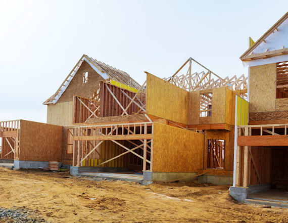 Experts dismiss talk of a 'housing collapse'