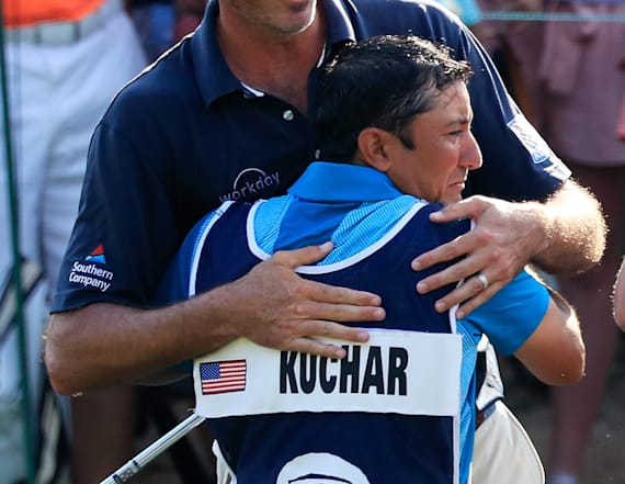 Kuchar agrees to pay caddie full amount for victory