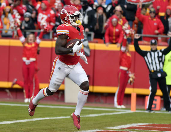 Report: Tyreek Hill temporarily loses custody of son