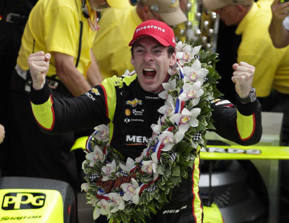 Simon Pagenaud edges Alexander Rossi to win Indy 500
