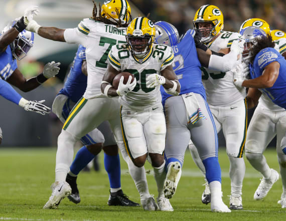 Aaron Rodgers and some atrocious calls doom Lions