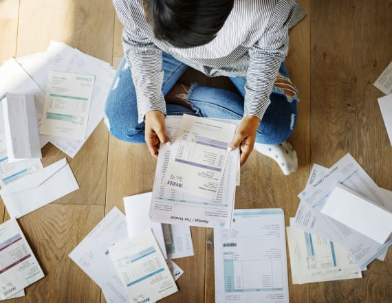 4 last-minute ways to reduce your taxes