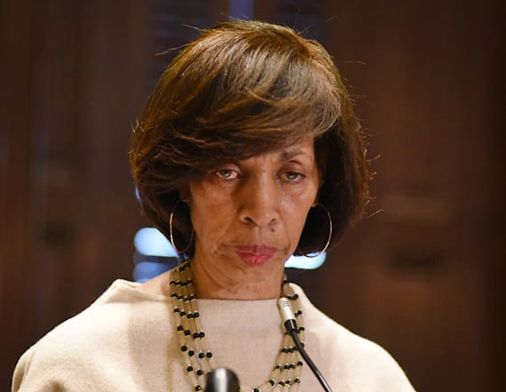Former Baltimore mayor charged in book scandal