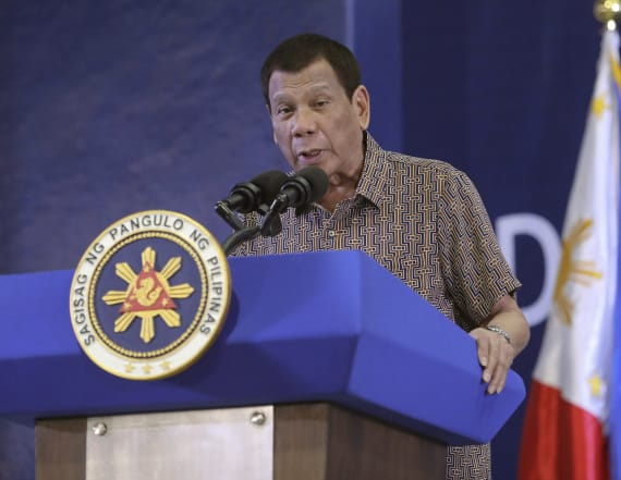 Duterte threatens to end U.S. military pact