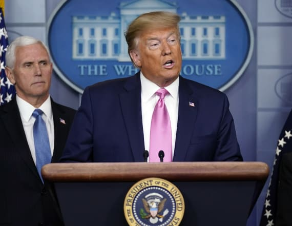 Trump taps Pence to lead U.S. coronavirus response