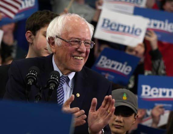 Sanders enters debate as the Democratic front-runner