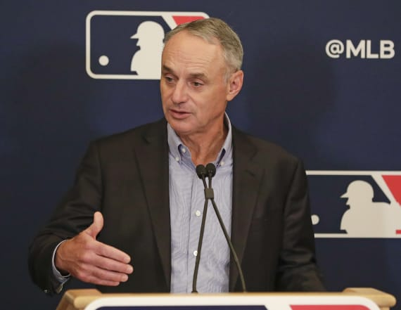 Rob Manfred: Astros' apology 'was not successful'