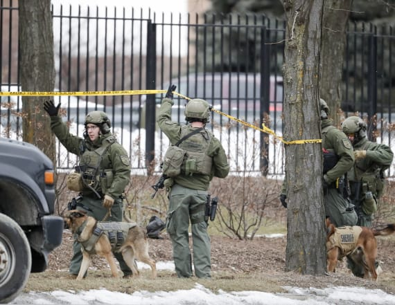 Police: 5 killed in shooting at Molson Coors campus