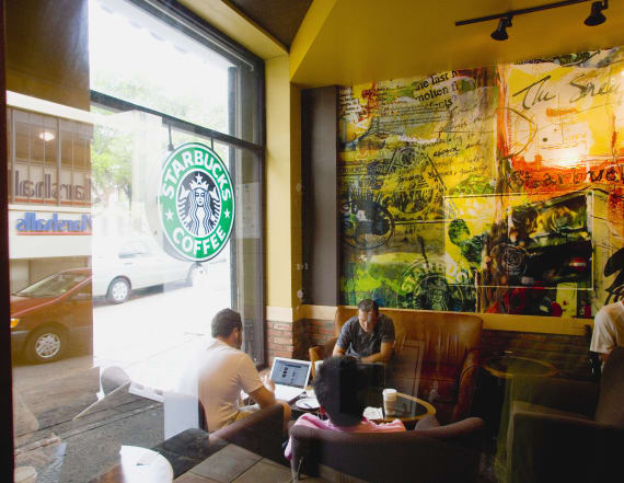 Starbucks brings back a fan favorite for summer