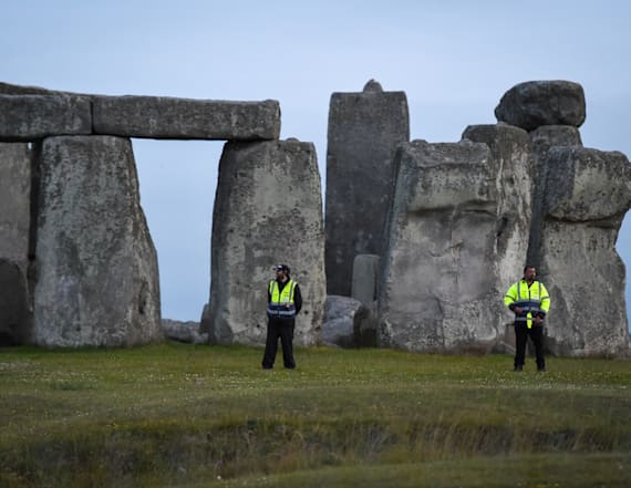 Giant circle of shafts discovered near Stonehenge