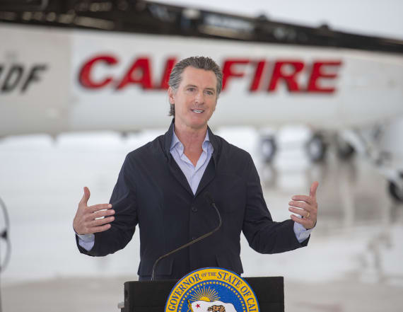 Calif. governor to release thousands from prison