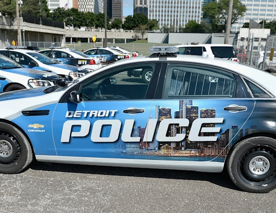 Video shows man killed by Detroit police fired first