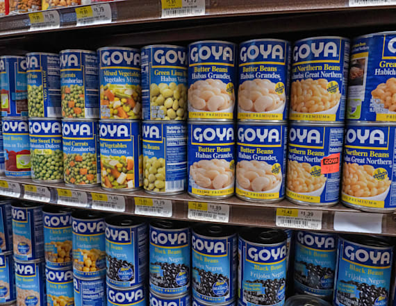 Trump poses with Goya products after Ivanka's tweets