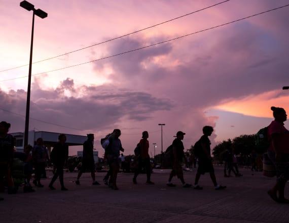 Feds have paid informants in migrant caravan