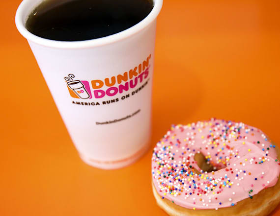 Dunkin' Donuts owner calls cops on woman over Wi-Fi
