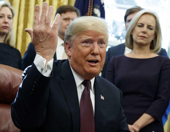 Trump says he answered written Mueller questions
