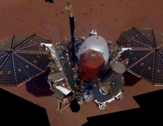 NASA craft takes its first selfie from Mars surface