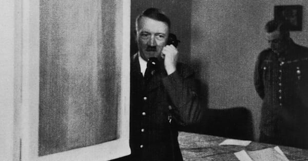 2bb5cf8183f1f8 Red phone used by Adolf Hitler up for auction - AOL News