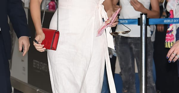 cddcd0994f4 Steal Margot Robbie s super wearable white dress style - AOL Entertainment