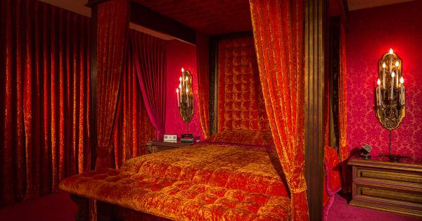 All velvet everything: This house is covered in red velvet from ceiling to floor