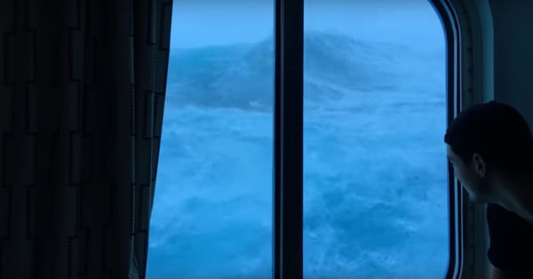 Terrifying New Passenger Footage Shows Giant Waves Crashing Into - Giant wave hits cruise ship