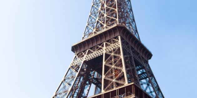 eiffel tower  nickname la dame...