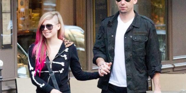 PARIS, FRANCE - SEPTEMBER 13:  Singer Avril Lavigne and Chad Kroeger are seen strolling on September 13, 2012 in Paris, France.  (Photo by Marc Piasecki/FilmMagic)