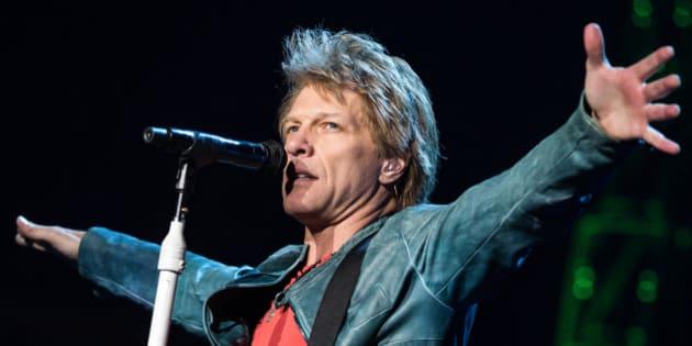 LOS ANGELES, CA - APRIL 19:  Musician Jon Bon Jovi of Bon Jovi performs at Staples Center on April 19, 2013 in Los Angeles, California.  (Photo by Chelsea Lauren/WireImage)