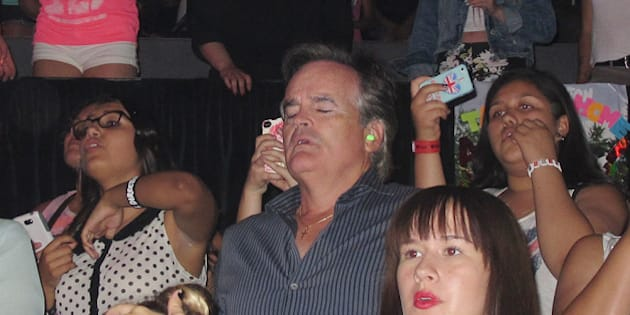 Dads At One Direction Concert: These Pained Pictures Are Worth A Thousand Screams