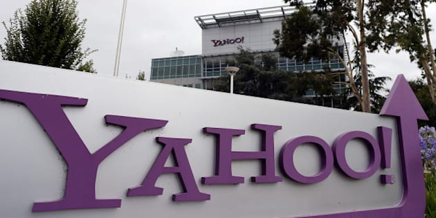 SUNNYVALE, CA - JULY 17:  The Yahoo logo is displayed in front of the Yahoo headqarters on July 17, 2012 in Sunnyvale, California.  Yahoo will report Q2 earnings one day after former Google executive Marissa Mayer was named as the new CEO. Photo by Justin Sullivan/Getty Images)  (Photo by Justin Sullivan/Getty Images)