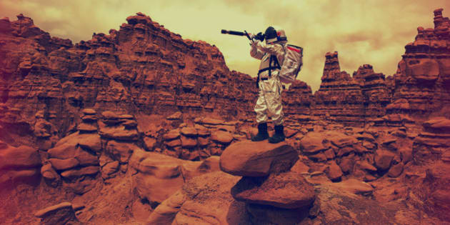 A young astronaut looks for new ideas and frontiers on another planet.