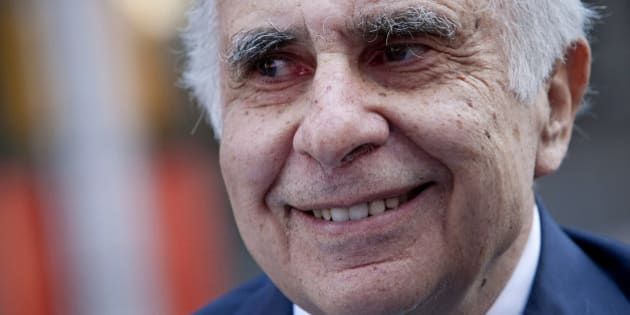 Carl Icahn, billionaire investor and chairman of Icahn Enterprises Holdings LP, stands outside of the Nasdaq MarketSite in New York, U.S., on Tuesday, March 27, 2012. Icahn announced his intention last month to offer $30 a share and give CVR Energy Inc. holders a right to as much as an additional $7 a share, a proposal that values the company at at least $2.6 billion, according to Bloomberg via Getty Images calculations. Photographer: Scott Eells/Bloomberg via Getty Images