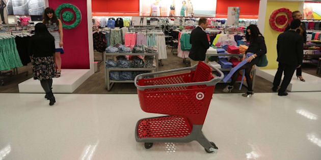 TORONTO, ON - MARCH 27: Target opens its Danforth location (3003) with a red carpet 'premiere.' featuring Elisha Cuthbert and Sarah Jessica Parker attended and did a little shopping.        (Steve Russell/Toronto Star via Getty Images)