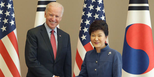 SEOUL, SOUTH KOREA - DECEMBER 06:  U.S. Vice President Joe Biden (L) shakes hands with South Korean President Park Geun-Hye (R) during their meeting at presidentisl house on December 6, 2013 in Seoul, South Korea. Vice President Biden has been visiting Japan, China and South Korea this week. Some of the issues to discuss are the Trans-Pacific Partnership, diplomacy on the East China Sea and the South China Sea, economic relationship with China, implementation of the U.S.-Korea Free Trade Agreement, and alliance issues in both Japan and Korea.  (Photo by Chung Sung-Jun/Getty Images)