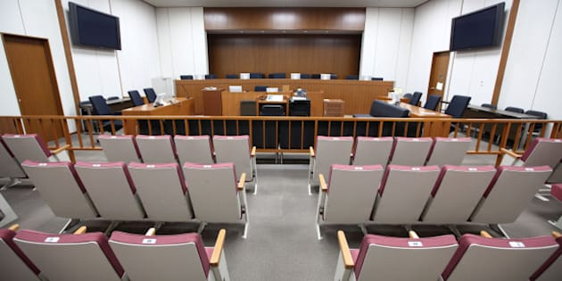 JAPAN - MAY 19:  A courtroom in the Tokyo District Court sits empty in Tokyo, Japan, on Tuesday, May, 19, 2009. Japan's first court case involving citizens sitting as judges will start today at the Tokyo District Court, the Yomiuri newspaper reported, without citing the source of its information.  (Photo by Tomohiro Ohsumi/Bloomberg via Getty Images)