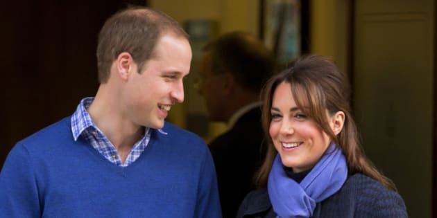 LONDON, UNITED KINGDOM - DECEMBER 06: (EMBARGOED FOR PUBLICATION IN UK NEWSPAPERS UNTIL 48 HOURS AFTER CREATE DATE AND TIME) Prince William, Duke of Cambridge and his pregnant wife Catherine, Duchess of Cambridge leave the King Edward VII hospital where The Duchess was being treated for acute morning sickness (Hyperemesis Gravidarum) on December 06, 2012 in London, England.  (Photo by Indigo/Getty Images)