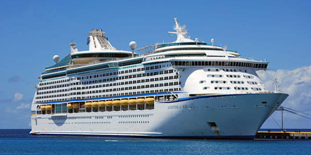 Canadian Tien Phuoc Nguyen Jumps Off Cruise Ship - Canadian cruise
