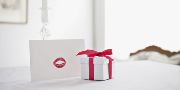 cute valentine's day ideas for her: 25 romantic gifts your, Ideas