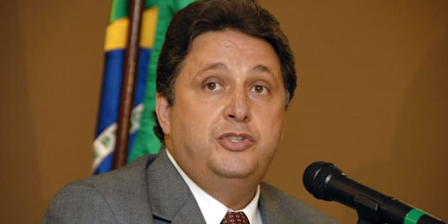 BRAZIL - FEBRUARY 09:  Former Rio de Janeiro Governor Anthony Matheus Garotinho speaks at an event sponsored by Abimaq (The Machinery Industry Association) in Sao Paulo, Brazil on February 9, 2006. Garotinho is a presidential candidate for the Democratic Movement Party, or PMBD, as it is known in Brazil.  (Photo by Paulo Fridman/Bloomberg via Getty Images)