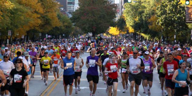 "<a href=""http://en.wikipedia.org/wiki/2010_Chicago_Marathon"" rel=""nofollow"">2010</a> <a href=""http://en.wikipedia.org/wiki/Chicago_Marathon"" rel=""nofollow"">Chicago Marathon</a>;"