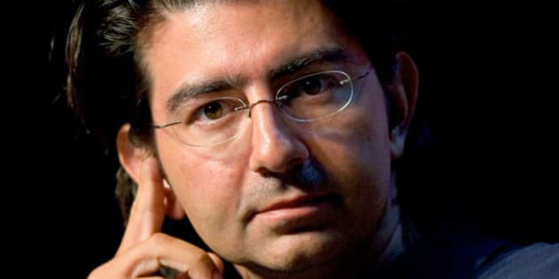 UNITED STATES - JUNE 13:  Pierre Omidyar, founder and chairman of the board of eBay, speaks at the eBay Developer's Conference in Boston, Massachusetts, Wednesday, June 13, 2007.  (Photo by Jb Reed/Bloomberg via Getty Images)